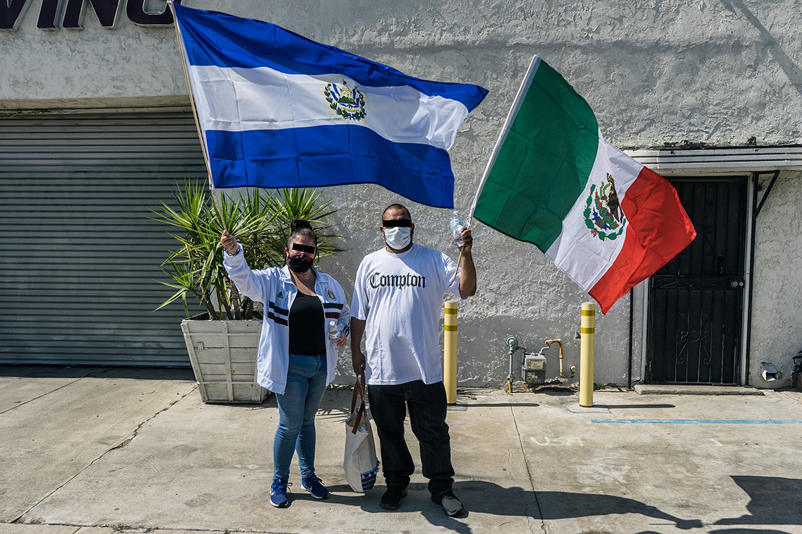El Salvadorian & Mexican Flags