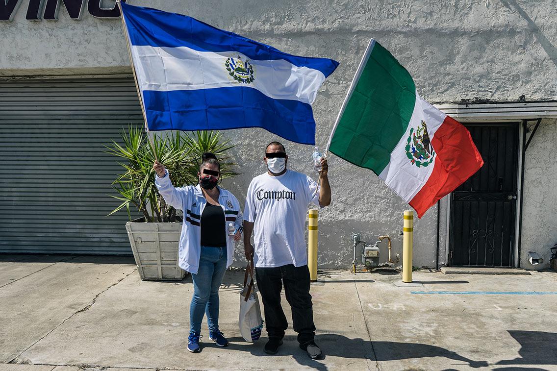 El Salvadorian & Mexican Flags